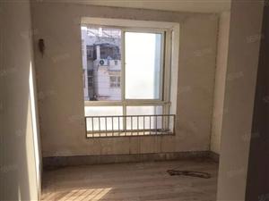 只卖三天!春光丽景小区双层复式4室2厅急卖63万