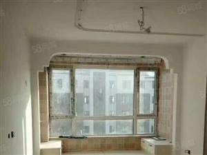 新楼带小区,装修好,可押尾款