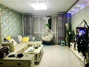 府前小区四楼带地下室16平,带全套家具。