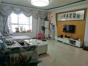 两淮新城乐天玛特附近,中华园小区三室两厅,精装修价格合适