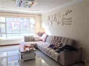 吉祥家园多层2楼面积86平客厅开间4.2米可贷款