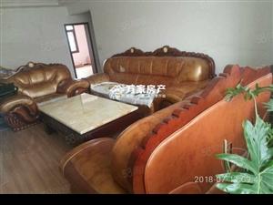 南环路小区中装三居室!业主非常着急出售!底价48万诚意出售!