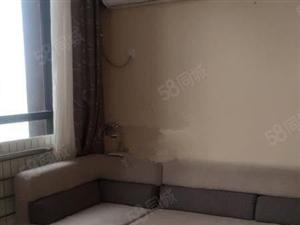 亿隆国际复式公寓包取暖物业电梯宽带