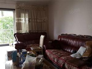 泸县仁和春天四楼精装3室2厅2卫139.5