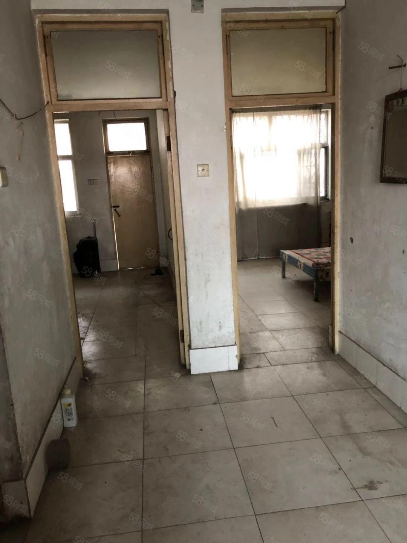 民乐小区二楼对外出租临近南关小学