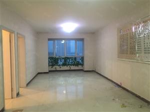 市中心三洋花苑11楼107平平米三室2011年
