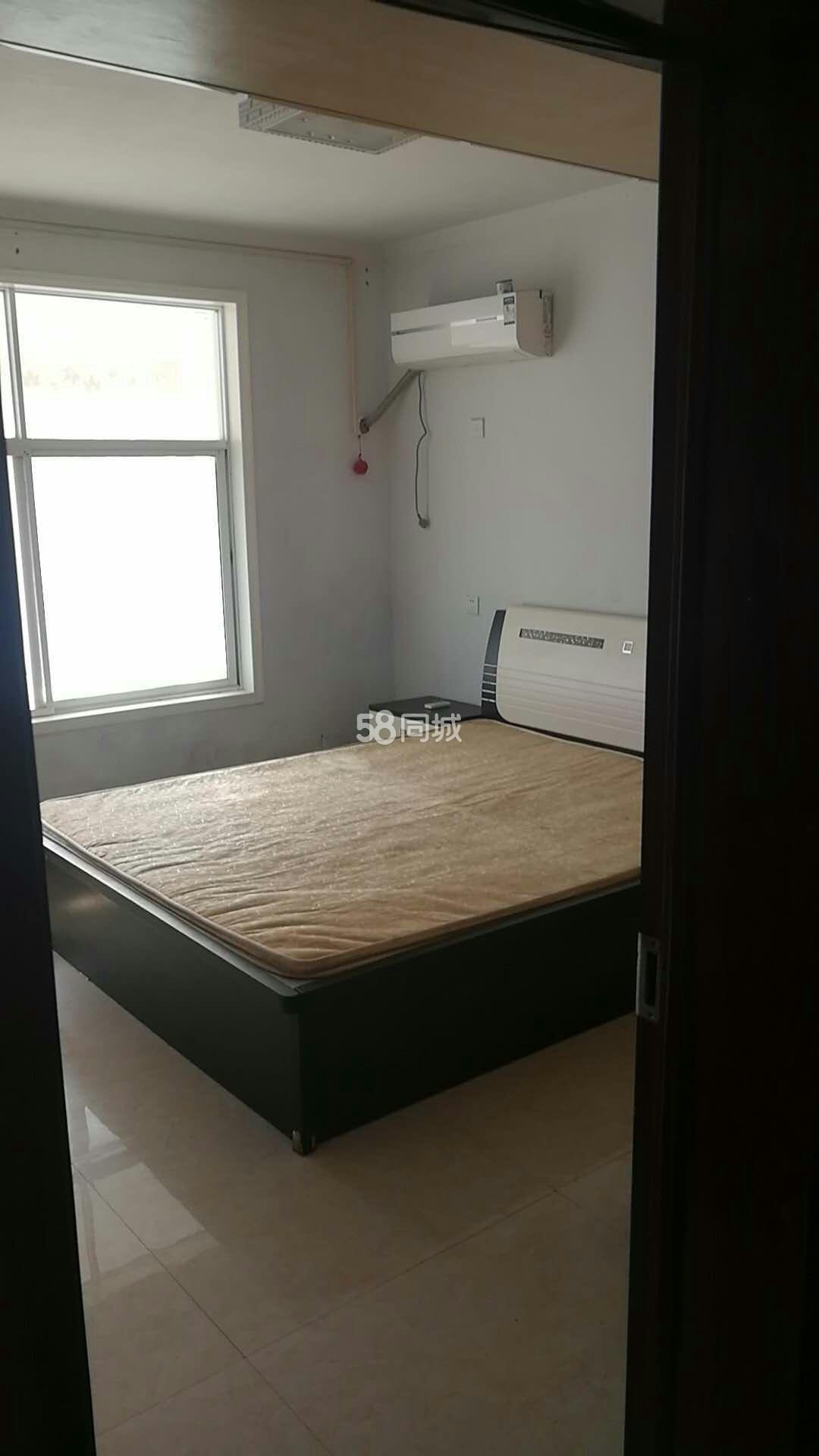 名门尚居附近3室2厅1卫