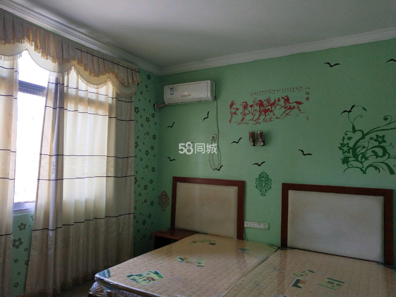 南鑫花园隔壁50米1室0厅1卫