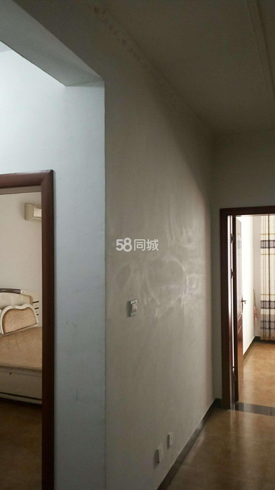 鼓楼广场2室1厅1卫