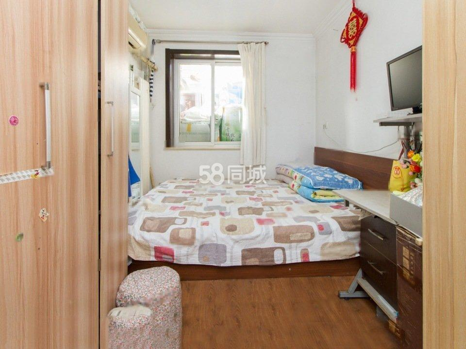 绿洲家园(高峰路40号)1室1厅1卫