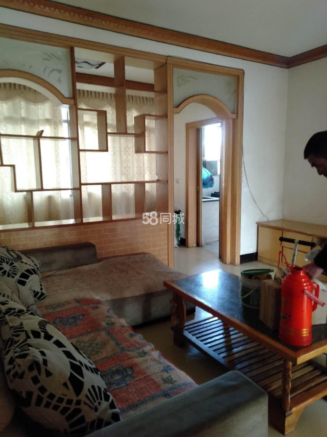环城加油站(丹江口市大风车幼儿园西南)2室2厅1卫