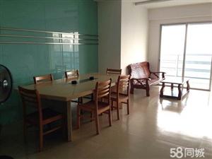 芗城出售向荣大厦18楼3室2厅2卫193.85平米