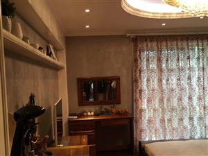 汉台汉水名城4室3厅220平米