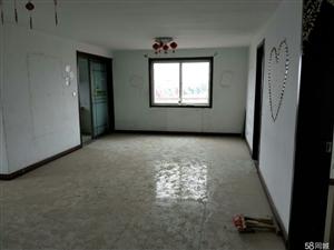 聚德家苑3室2厅1卫一车库27.8平