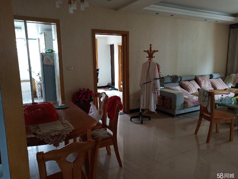 天元广场,4室2厅2卫,三面空,135平方,外带车库,