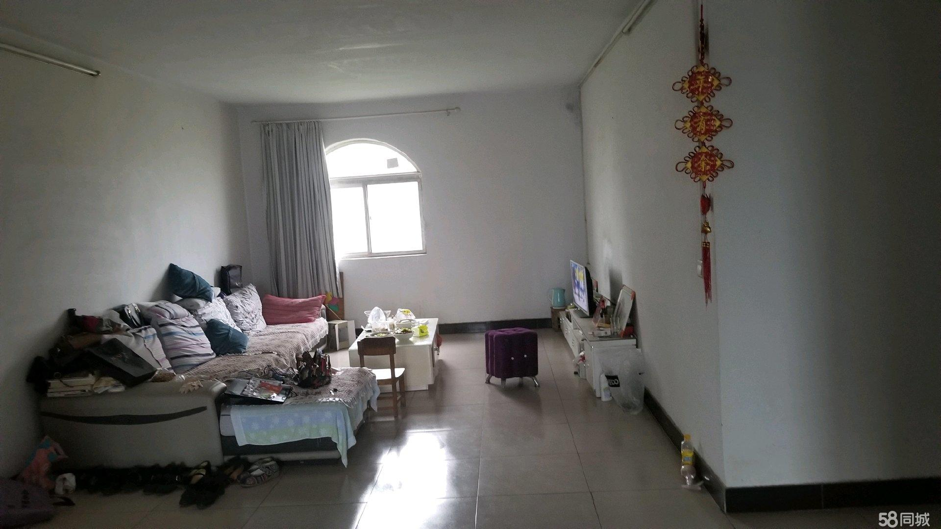 刘玲路老红绿灯路口医药公司3室2厅2卫