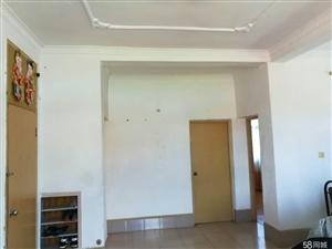 南靖一中宿舍区3室2厅1卫