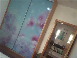 香格里拉花园3室1厅1卫