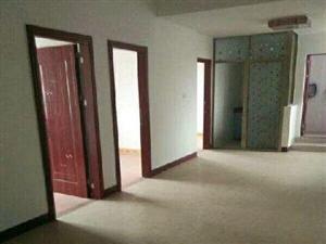实验中学对面3室2厅2卫