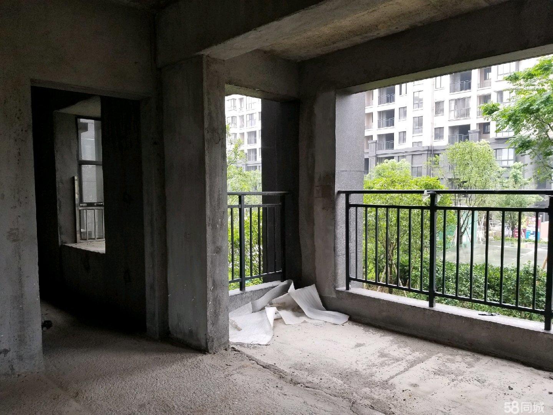 区公务员楼,东湖花苑C户型毛坯现房