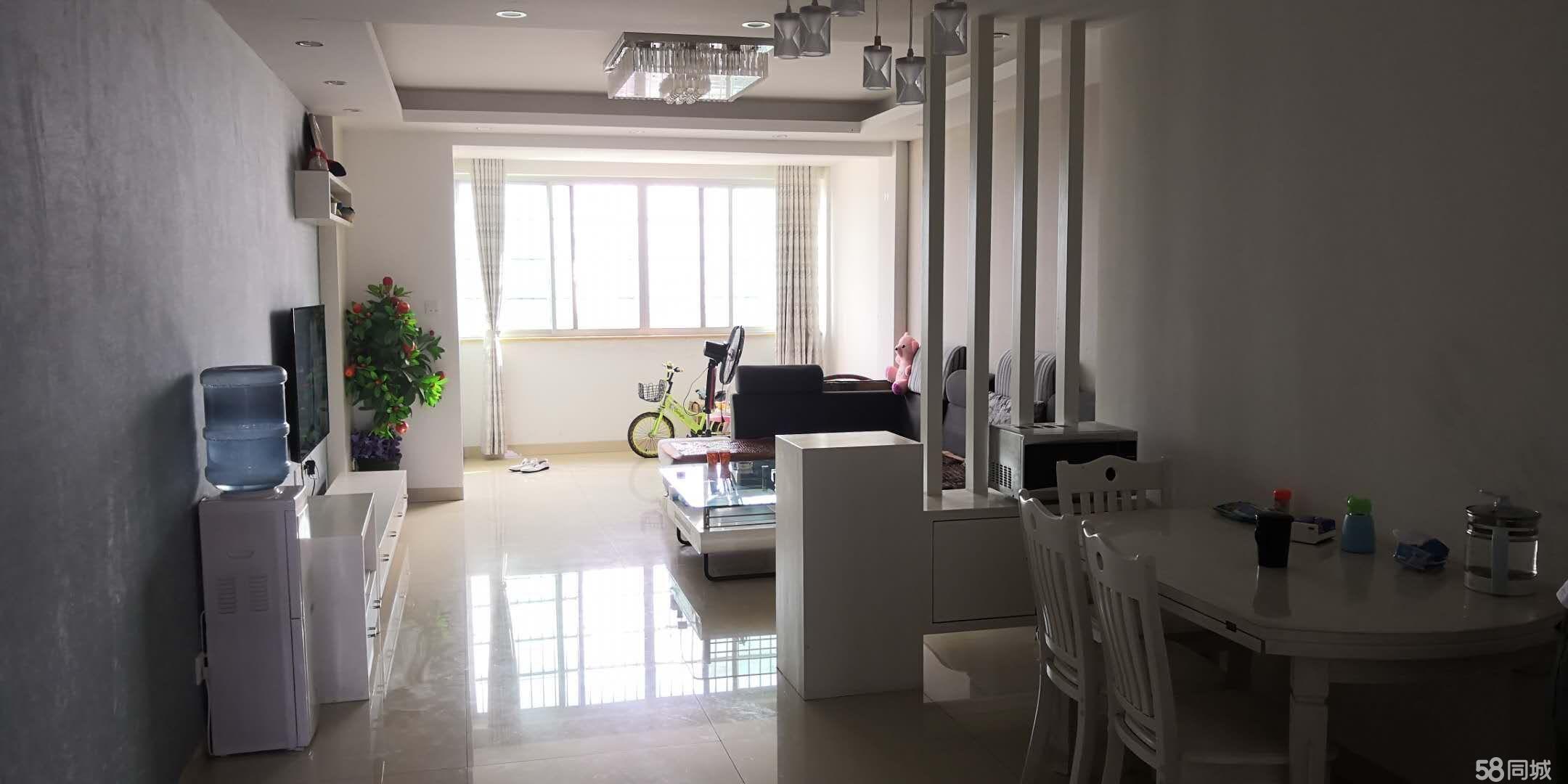 龙湾华庭3室2厅2卫