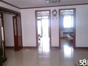 琵琶山小区3室2厅2卫