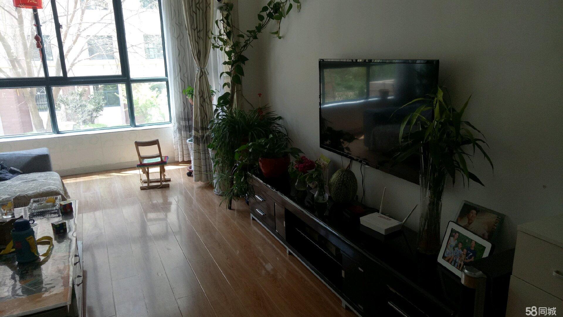 金海名苑,一期好房,小区环境优美。