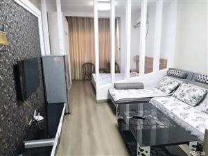凯发五洲国际电梯公寓1室1厅1卫两套挨着33万