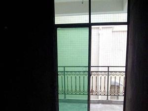 金岸家园4室2厅2卫