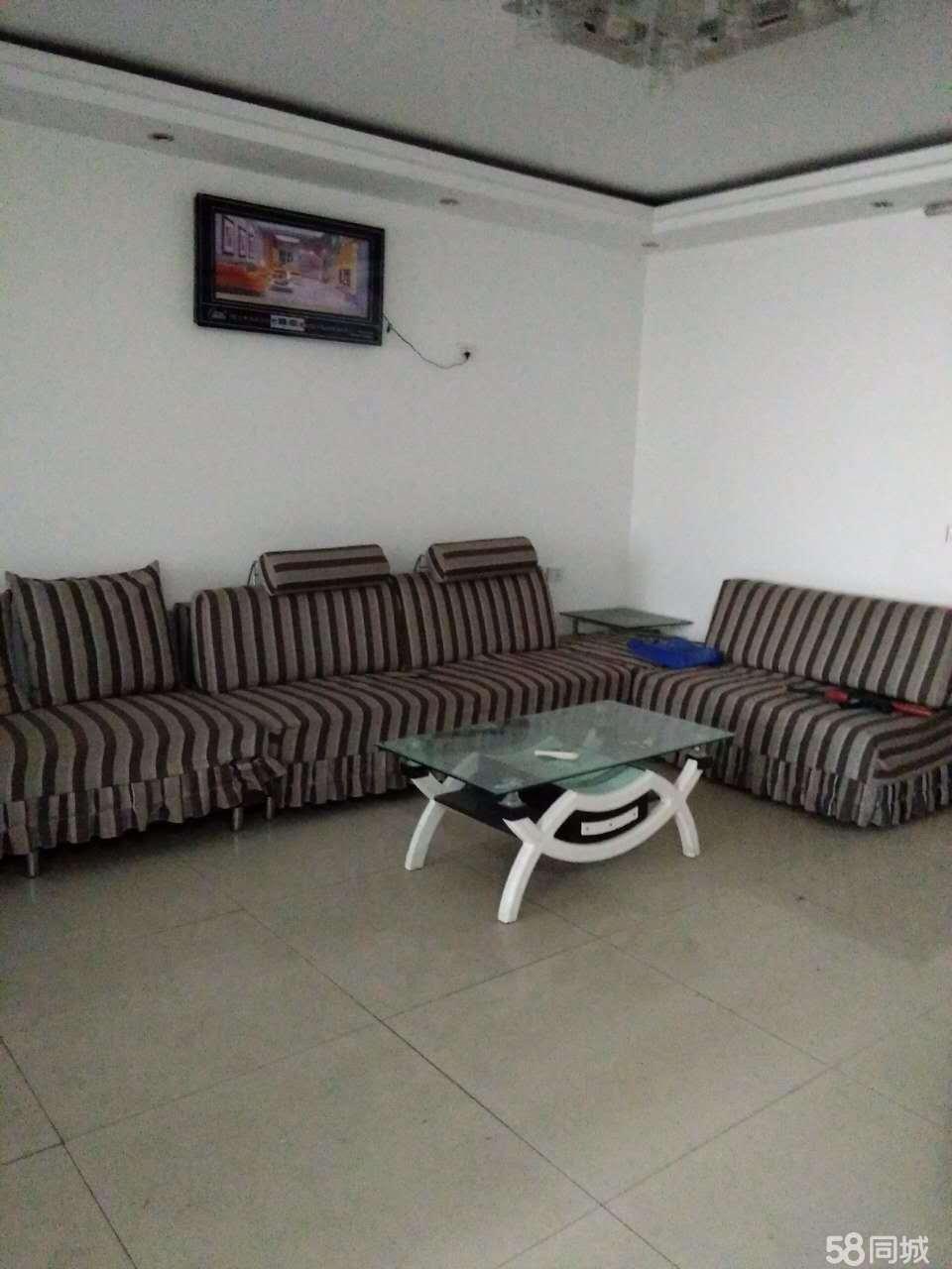 汝阳凤山南路3室1厅130平米中等装修半年付