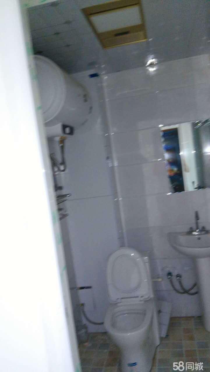 建设路街道中医院1室0厅30平米简单装修押一付三