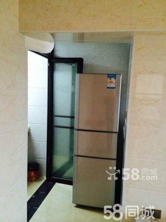 安溪水晶城3室2厅电梯高层家电齐全拎包就可以入住