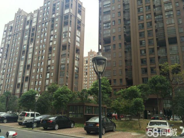 蓝鼎中央城1期紧邻二乔交通方便4室2厅1卫122毛坯