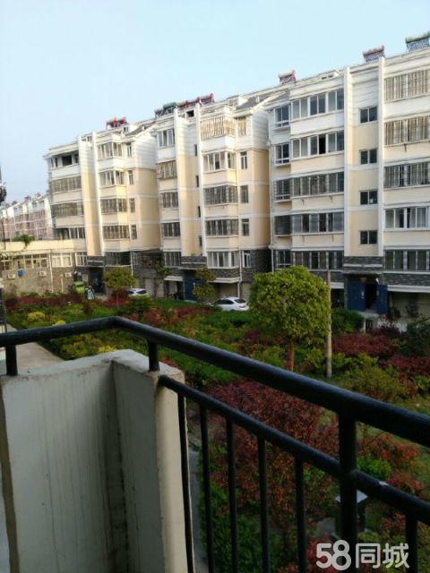 潜山民生花园3室2厅2卫135.2�O