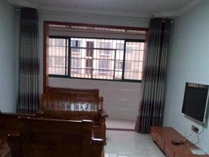 临川凤凰城3室2厅,120平方,中装修,押二付三。