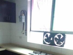 龙马大道公园畔学校边单价3100/�O4室3厅中装你值得拥有