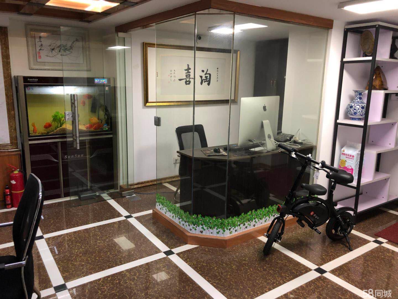 工业园青剑湖金沙富都6室3厅2卫184平米