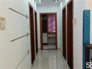 锦绣南城4室2厅132平米精装修3000元/月