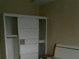 国购广场精装修,2套精装修公寓,家具家电齐全