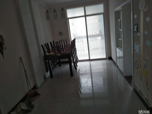 锦绣花园3室2厅2卫