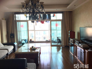 丽都国际,新装修电梯房,家具家电齐全,实木地板,领包入住