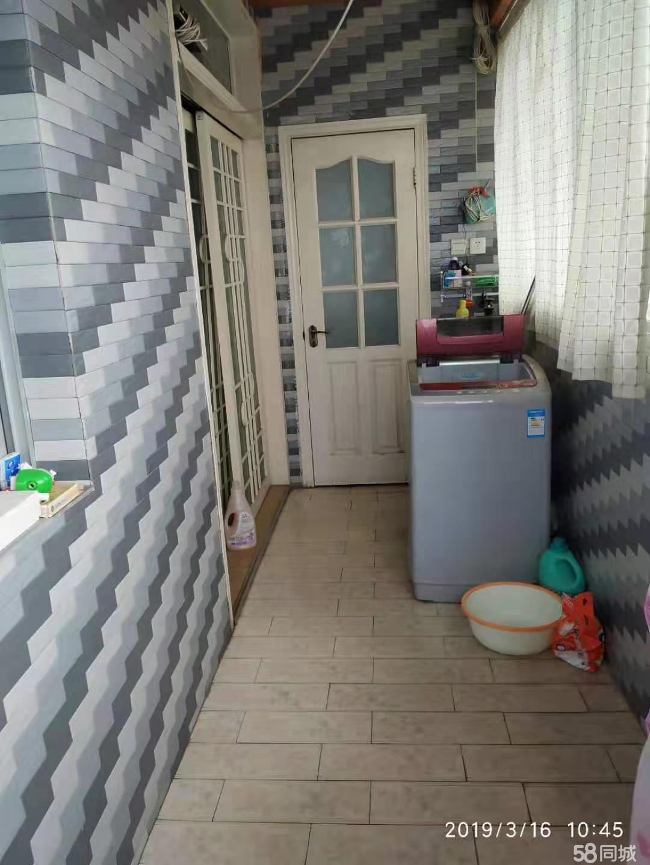 汉台明珠小区 3室2厅2卫 送25平方地下室