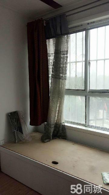 永城凤凰国际花园1室1厅50平米中等装修面议