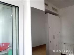 凯旋城2室2厅1卫整租