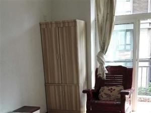 鲁能山水绿城天府映像5室1厅2卫