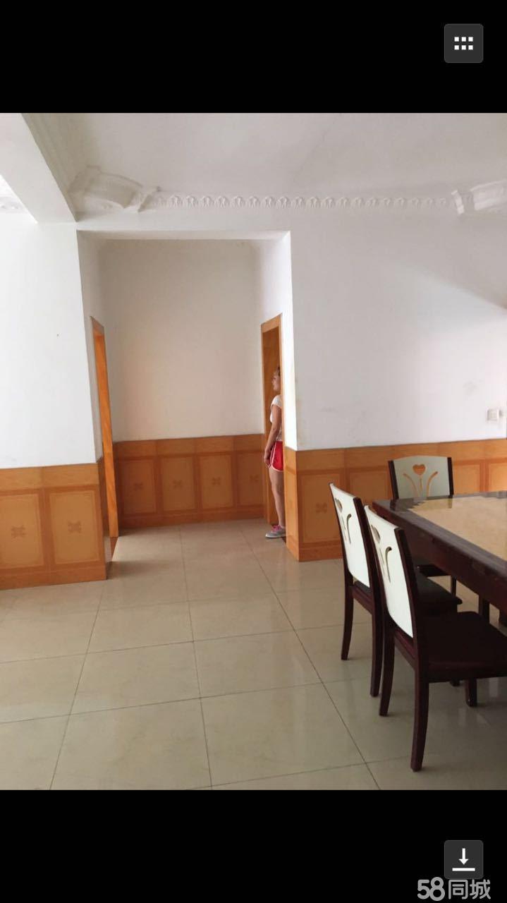 泸县和益花园3室2厅130平米中等装修半年付