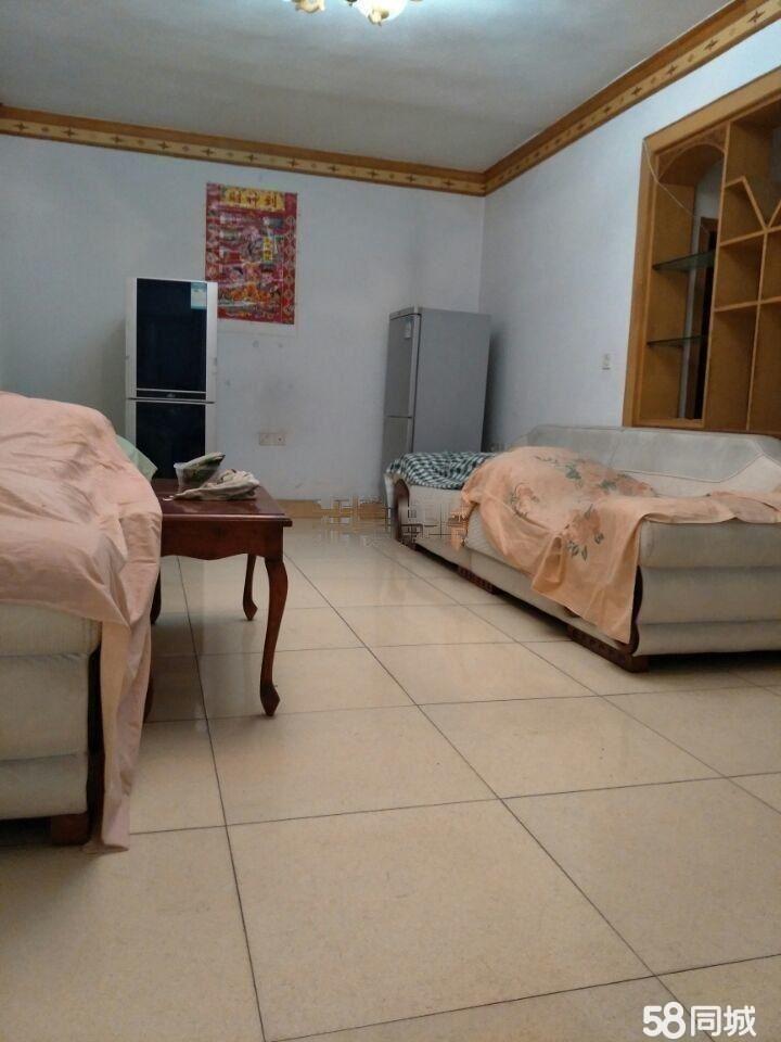 滨河社区3室2厅1卫