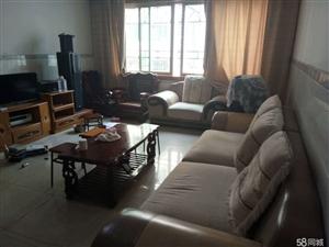 泸县镇小旁2室2厅100平米中等装修半年付