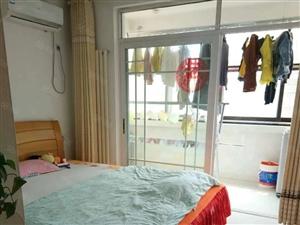 东湖豪庭四楼三室两厅精装修全套家具家电空调3张床热水器