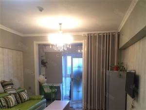 亚太明珠精装标间家具家电齐全温馨干净的家随时看房!拎包入住